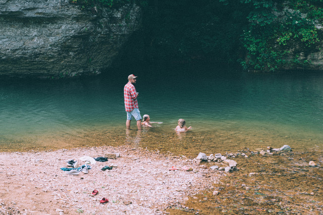 Family bonding in Piney River RV resort