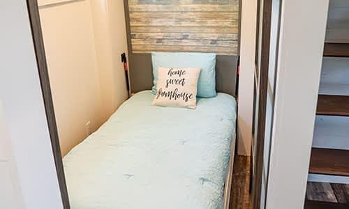 tiny homes bedroom