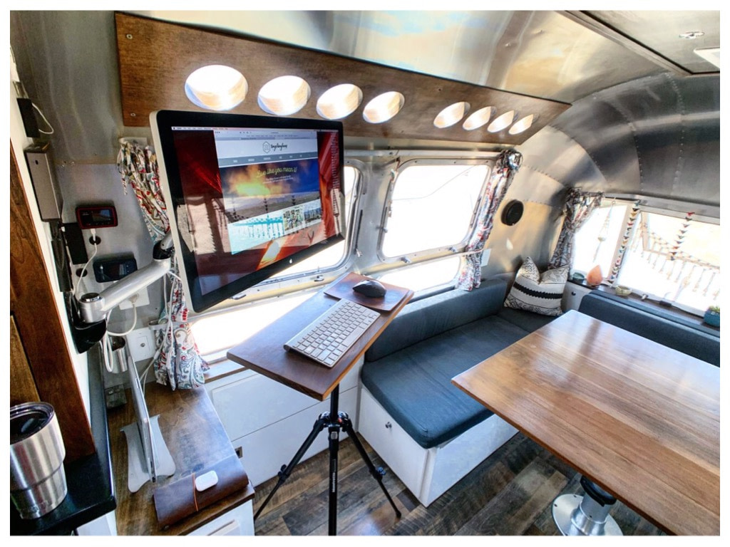 14 Creative RV Office and Workspace Ideas - Fulltime Families