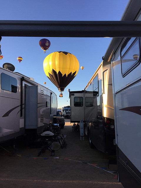 Hot air balloon over RVS