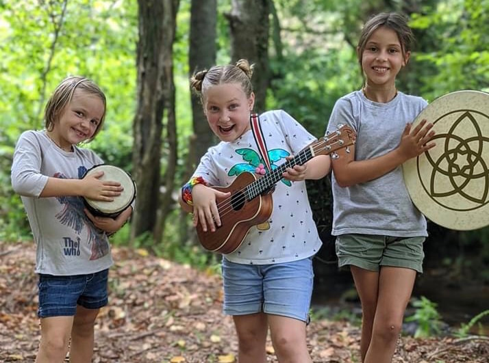 The Fulltime Families Explorers Appreciate Music
