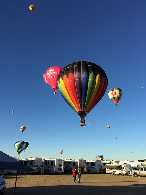 Balloons over RVs at Albuquerque Balloon Fiesta