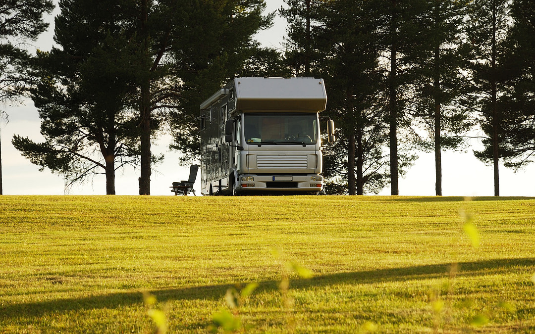 The Best Money-Saving Camping Memberships for Full Time RVers