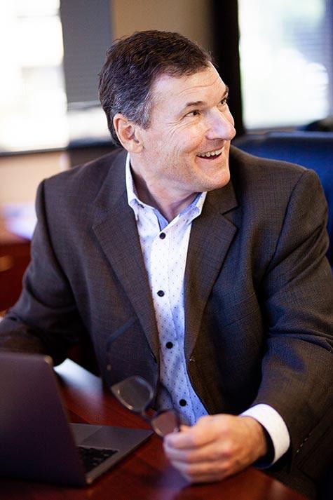 Dr Stefan D Tarlow