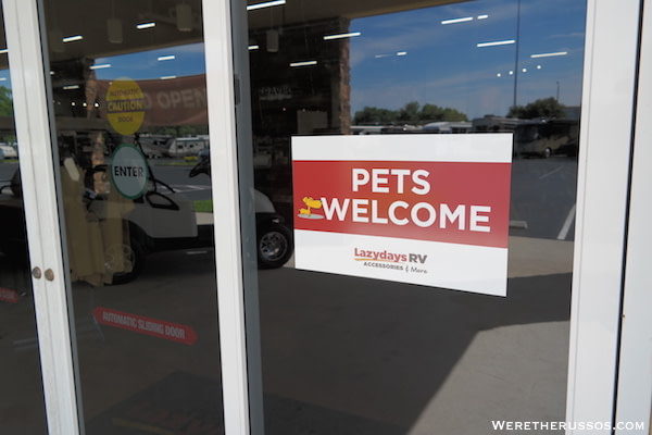 Lazy Days RV Store Pets Welcome