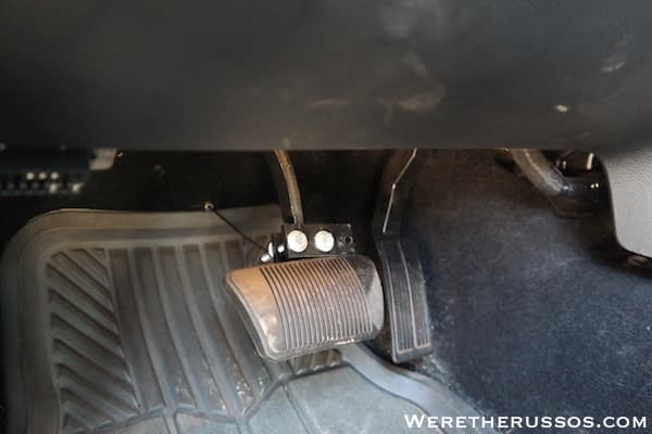 How to Flat Tow a Jeep Wrangler - Brake