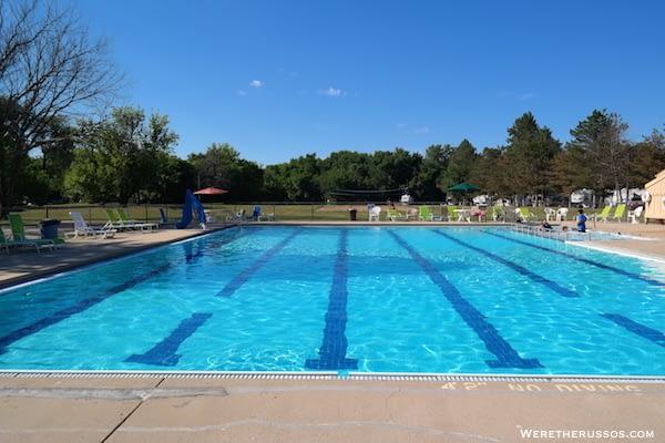 Pine Country RV Resort pool