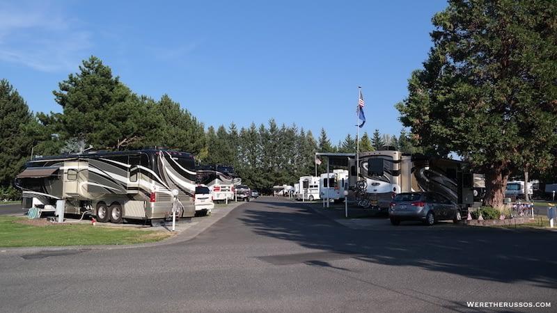 Portland Fairview RV Park full hookup sites